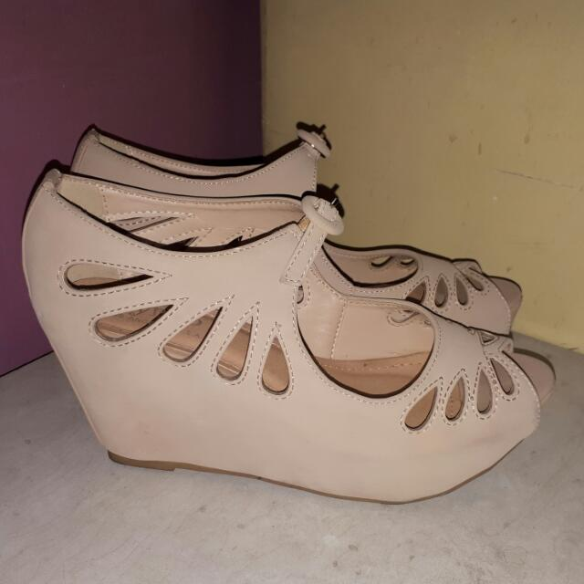 Syrup s38 nude platform wedge sandals