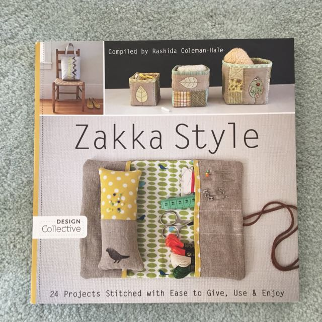 """Zakka Style"" - 24 projects Stitches With Ease To Give, Use And Enjoy!"