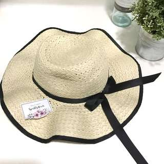 Black Ribbon Beach Hat Straw Hat