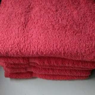 5  bath towels