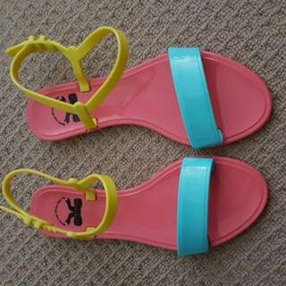 Rubber Sandals Size 37
