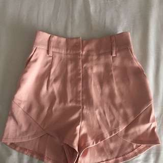 Morning Mist Dusty Pink Shorts Size 8