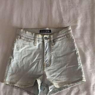Ziggy Light Blue Washed Out Denim Shorts Size 6