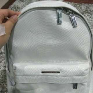 [New] Charles & Keith Backpack