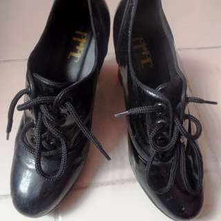 Ankle lace up boots SZ 38