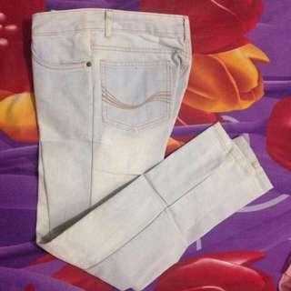 Light Jeans Merk Graphis