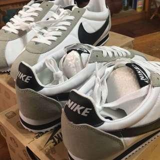 NIKE阿甘鞋1:1,2雙2200