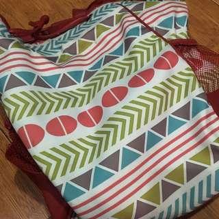 Tas Backpack / Gemblok Perempuan Tribal Merah