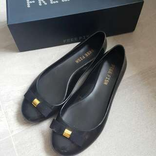 Free Fish Rain Shoes Jelly Shoes(size 37)