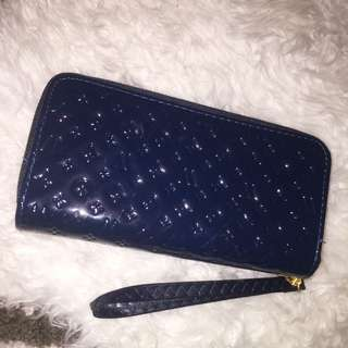 Blue Louis Vuitton (replica)