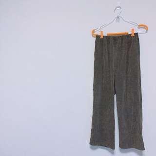 MEIERQ全新轉售坑條橄欖綠寬褲