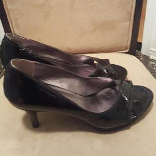 EUC Size 6.5 Nine West