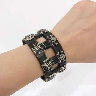 Dark Brown Scull Leather Bangle