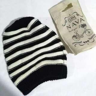 Black & White Knitted Beanie