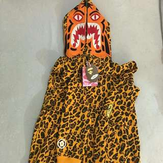 Bape 豹紋鯊魚外套