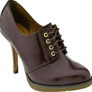 Got what i've been looking for  Dr. Martens Ofira 4 Tie Shoe (Oxblood)