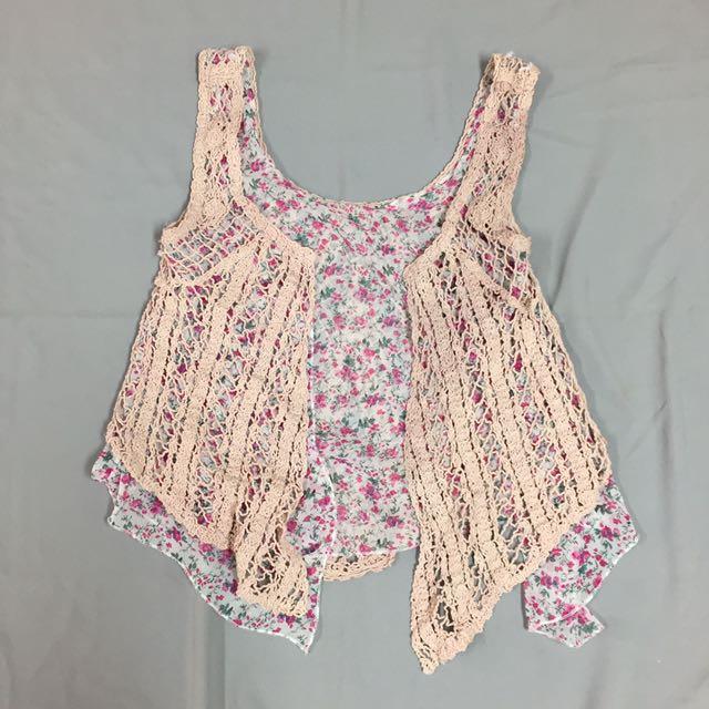 花花蕾絲罩衫