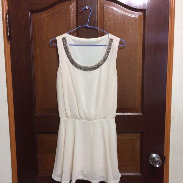 無袖米色薄洋裝