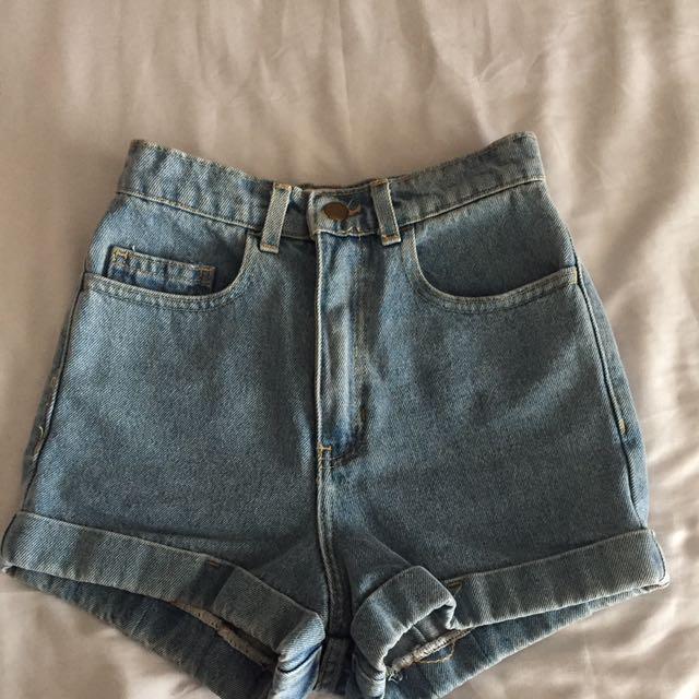American Apparel Light Blue Denim Shorts Size 24 (6)