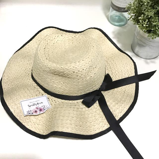 Black Ribbon Beach Hat Straw Hat