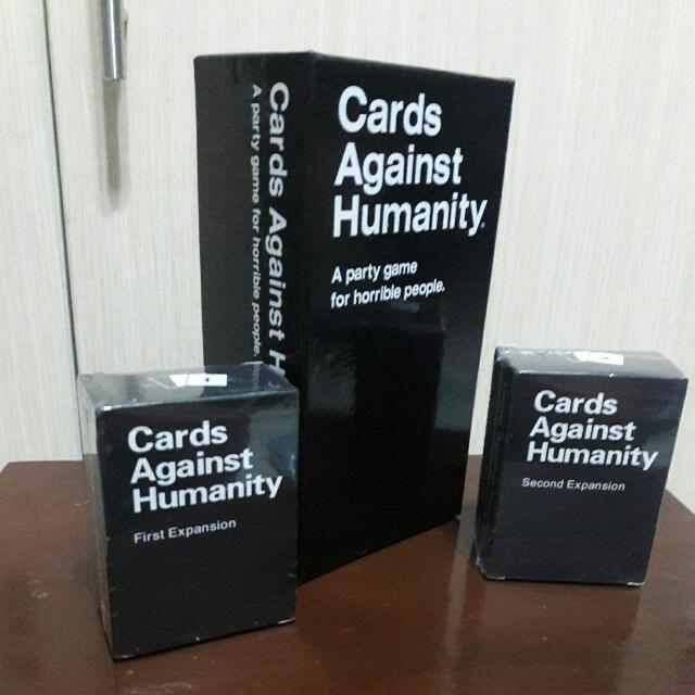 Cards Against Humanity + 2 Expansion Packs