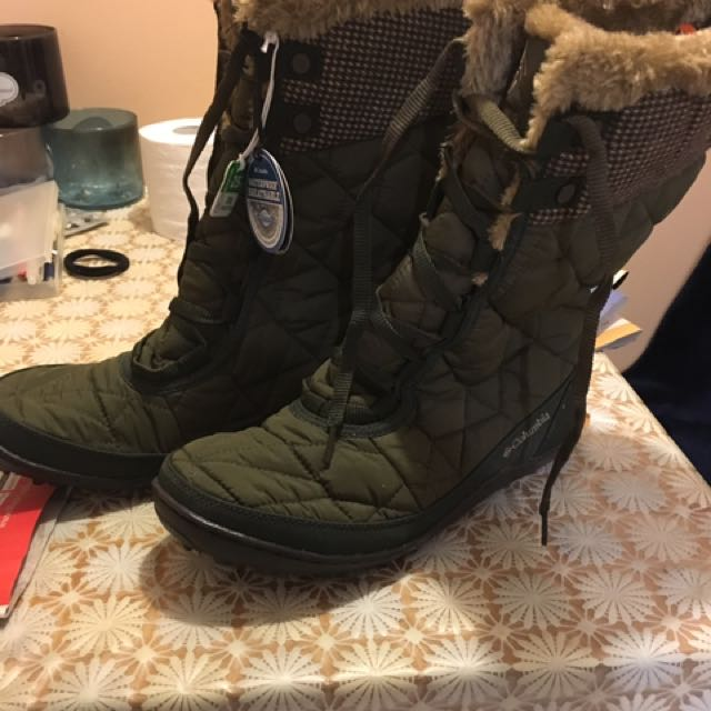 Columbia Winter Boots 100%new