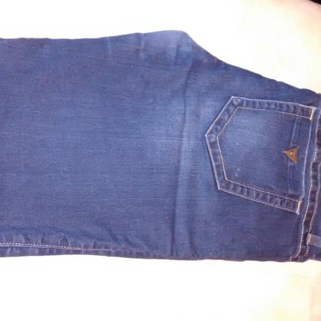 Guess Skinny Jeans Size 10 Darker Wash.