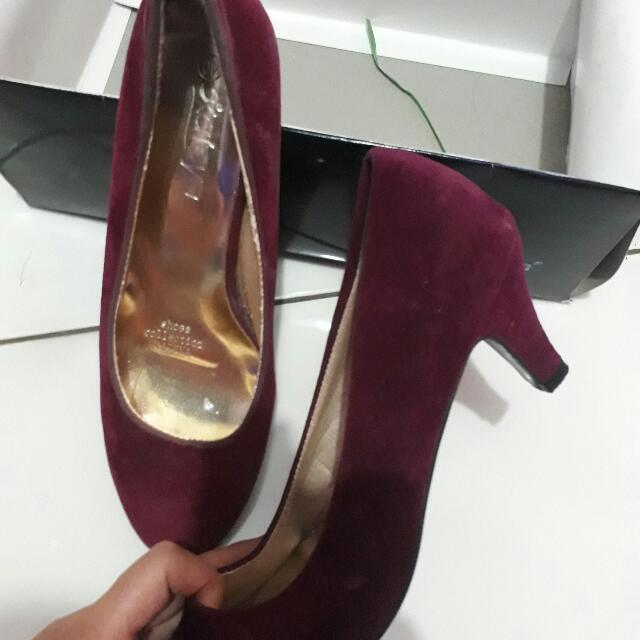 High heels Maroon