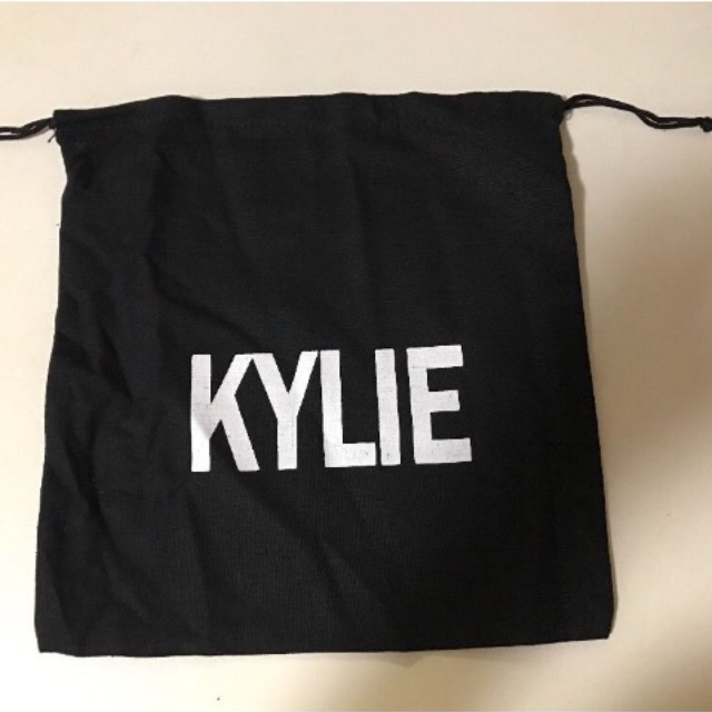 Kylie Jenner Cosmetic Bag and Canvas Dust Bag