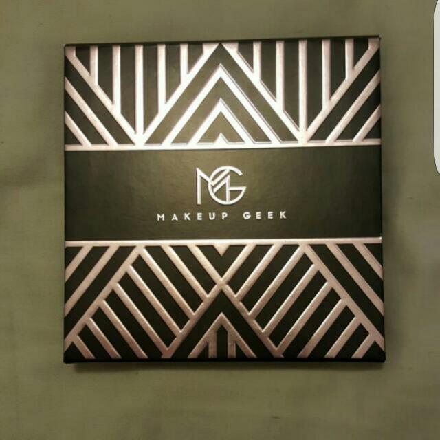 Make Up Geek Palette - Manny MUA