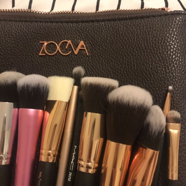 Makeup Brushes And Zooeva Case
