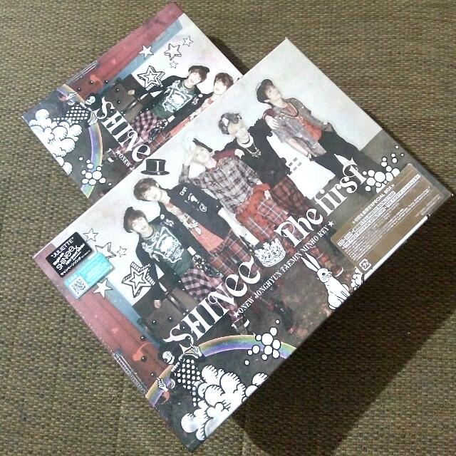 SHINee The First Limited Edition Special Box
