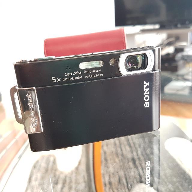 Sony Cybershot DSC-T200 Digital Camera