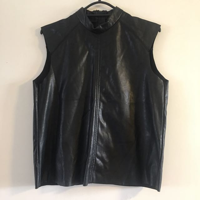 Sz 8 Leather Look Top H&M