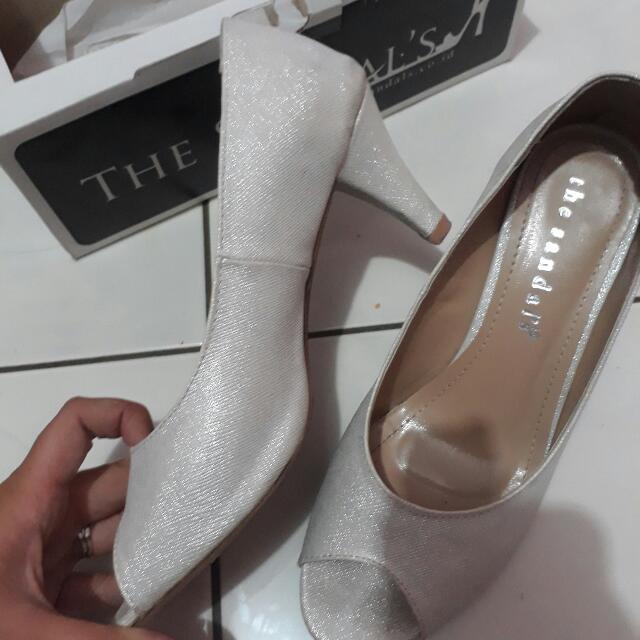 The Sandals high heels
