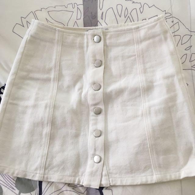 White Denim skirt sz 6