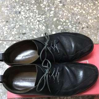 Trippen 黑色上班鞋