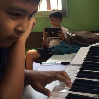 PIANO AND VOICE LESSON
