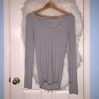 American Eagle Striped Black and White Long Tee