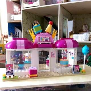 Girls' Party shop LEGO set