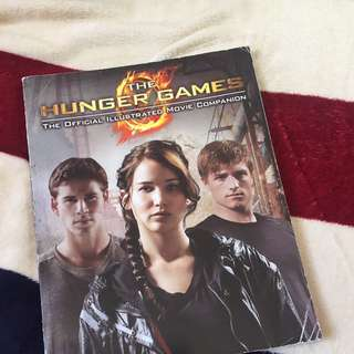 HUNGER GAMES ILLUSTRATED MOVIE COMPANION