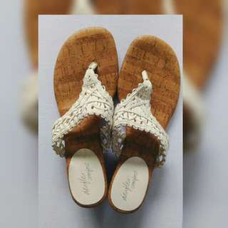Dexflex White Strap Sandals