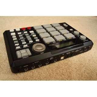 Akai MPC 500 Sampler Drum Machine