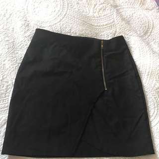 Black Mini Skirt With Slit And Zip