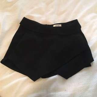 Short Skort Size M