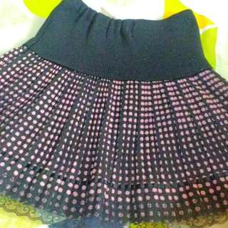 Purple dotted skirt