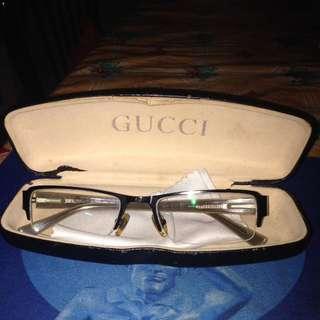 Graded Eyeglass