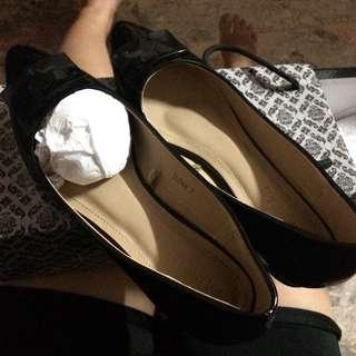 Parisian (Ilona) Black shoes size 7