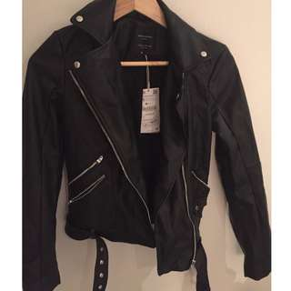trendy zara leather jacket (size xs) bnwt