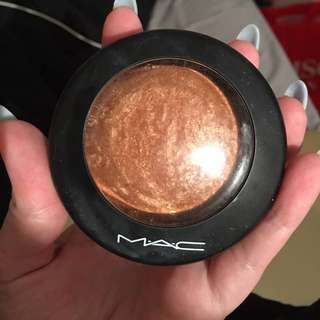 Mac Highlighter/bronzer
